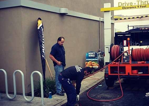 Plumbing service for restaurants in Santa Barbara. Hydro jet plumbing service preserves the diameter of the pipe by hydro washing with high water pressure.